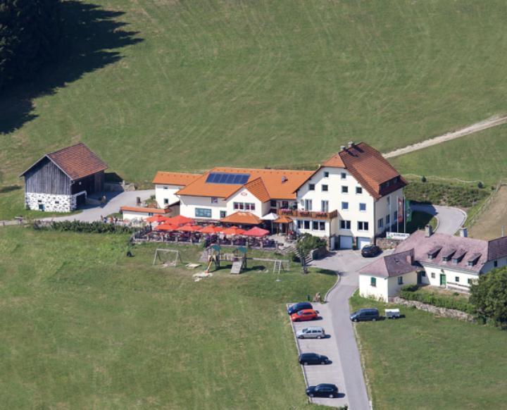 Gasthaus zur GIS. Martina Hengstschläger