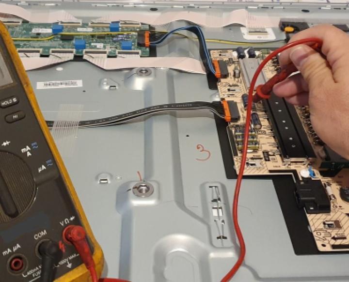 Uwes Elektronikhandel und Reparaturservice. Uwe Straßer